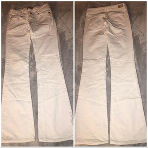 Paige Jeans Laurel Canyon White Sz 24 lowrise boot